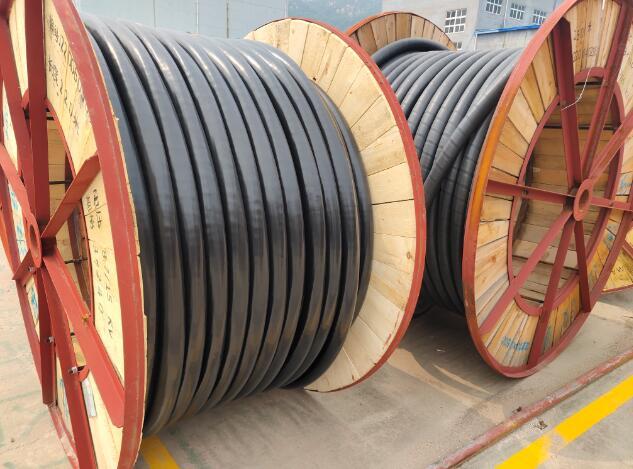 ZC-YJV阻燃C类铜芯交联聚乙烯绝缘聚氯乙烯护套电力电缆